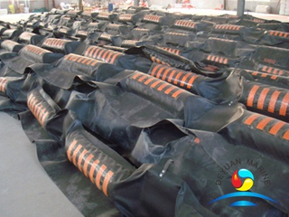Solid Floatation Rubber Oil Containment Boom