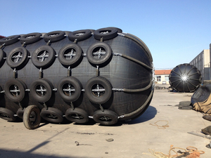 Yokohama Fenders Pneumatic Rubber Fender With Chains and Tire Nets