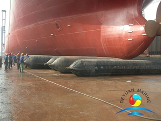 Ship Launching Airbags Vessel Landing Airbags Marine Pneumatic Rubber Airbags